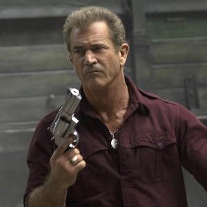 Fatman - Mel Gibson zeigt im deutschen Trailer einen schießwütigen Weihnachtsmann