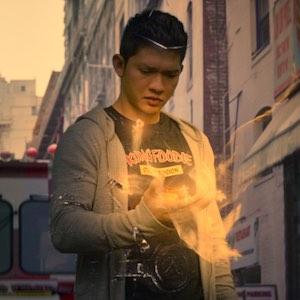 Wu Assassins - Iko Uwais teilt im ersten Trailer zur Netflix-Serie ordentlich aus