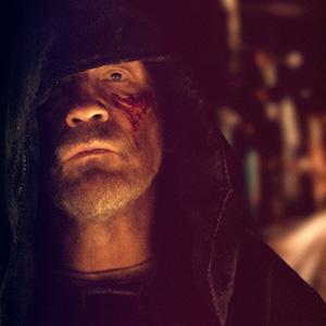 Valley of the Gods - John Malkovich als reichster Mann der Welt im surrealen Trailer