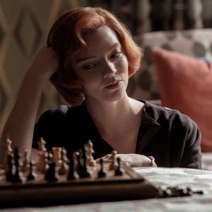 Das Damengambit - Trailer zur Schach-Miniserie mit Anya Taylor-Joy