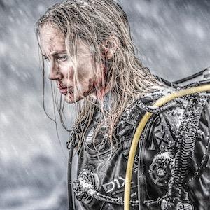 Breaking Surface - Deutscher Trailer zum Survival-Thriller