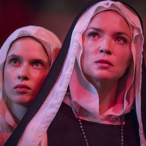 Benedetta - Deutscher Trailer zum kontroversen Film von Paul Verhoeven