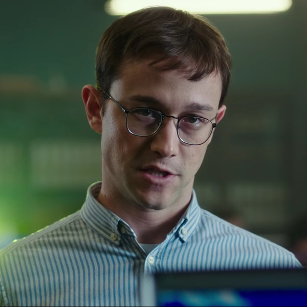 Snowden – Videoclip zeigt seine Fähigkeiten beim Eignungstest