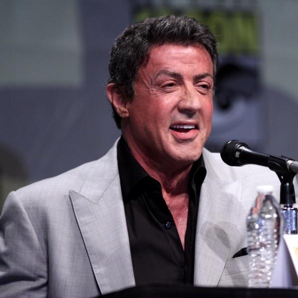"""Little America - Sylvester Stallone in dystopischer """"Die Klapperschlange""""-Anlehnung"""