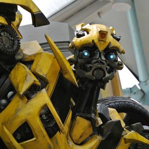 Bumblebee - Neues Poster zum Transformer Spin-Off veröffentlicht